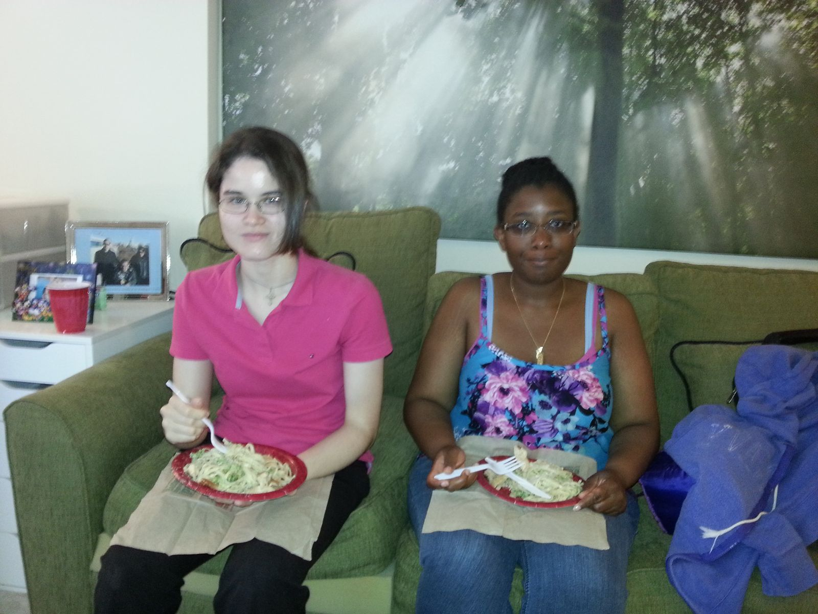 Participants eating their pasta